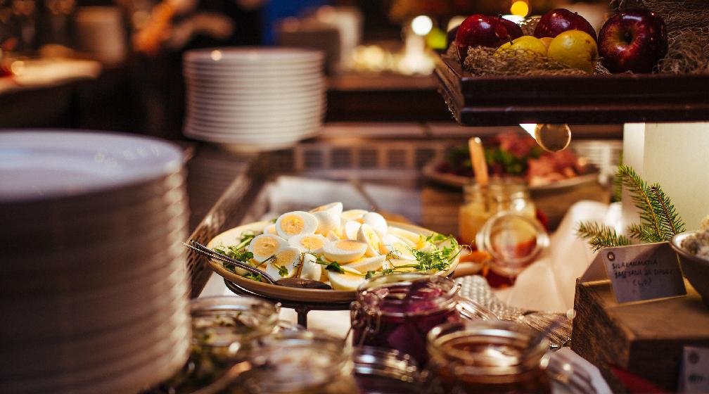 Saariston makuja Cafe Restaurant Daphnessa jouluaattona