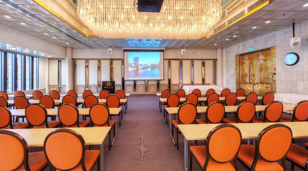 Sokos Hotelli Ilveksen kokoustilat